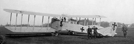 archiwalne zdjęcie samolotu Gotha G.IV